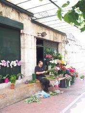Vendeur de fleurs à Athènes