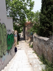 Rue et graffiti à Athènes